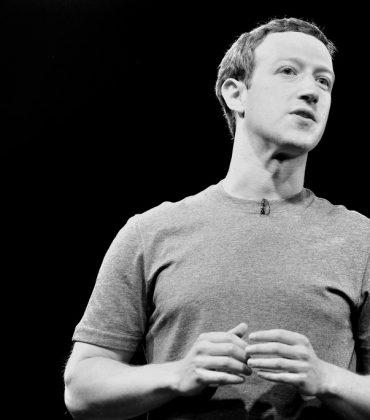Facebook, Google e la lotta contro le fake news, finalmente