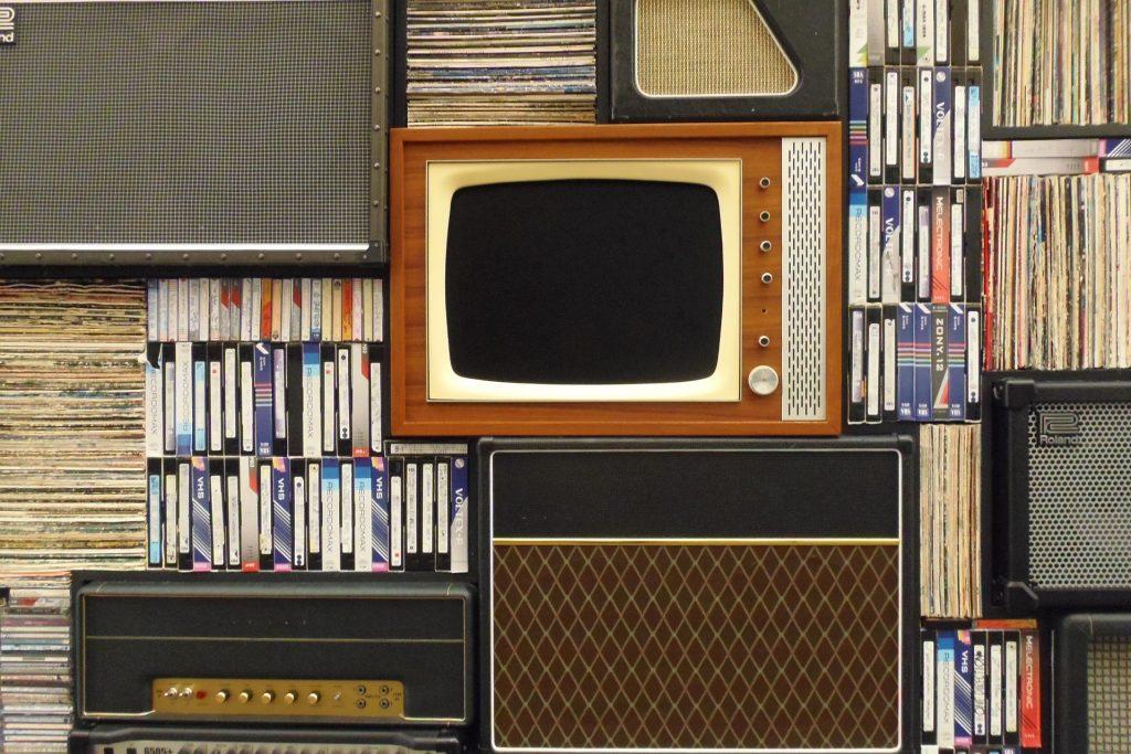 Nostalgia marketing retro tv